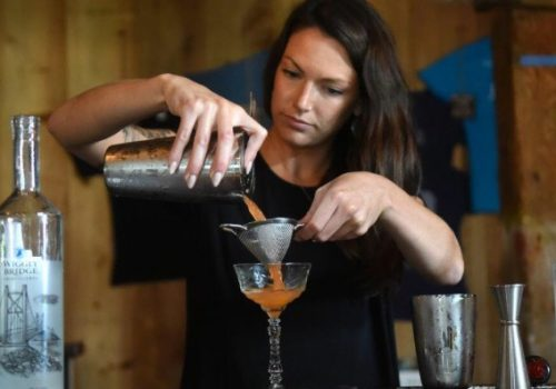cocktail classes bartending basics mixology