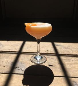 cocktail, barn, garnish
